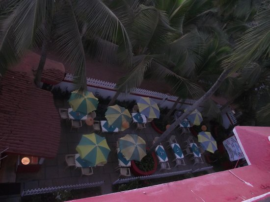 Falcon Resorts : View of the restaurant from the roof