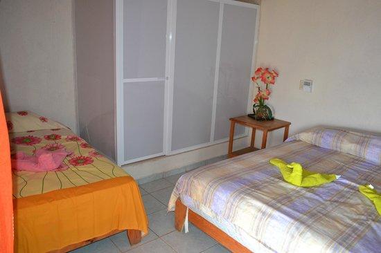 Hotel Casa Longino's: triple