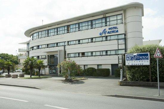 Vue ext rieure picture of hotel altica la rochelle la for Hotels la rochelle