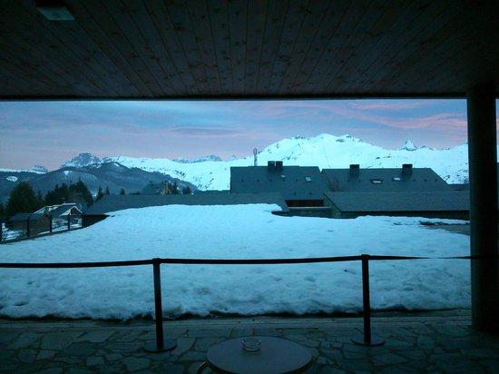 HG Alto Aragón: Vista desde la Cafetería del Hotel