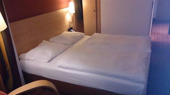 Mercure Hotel München Schwabing: Chambre