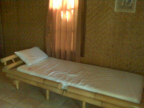 Eka Purnama Cottages : bed 2