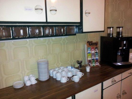 Die Wohngemeinschaft Hostel: Кухня-столовая