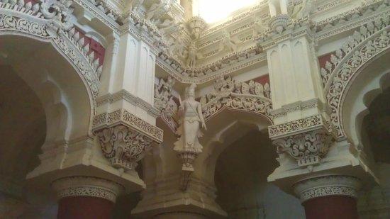 Thirumalai Nayakar Mahal: Inside the Palace Museum section