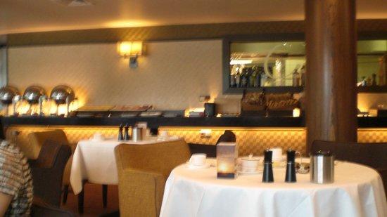 Fletcher Hotel-Restaurant Leidschendam-Den Haag : Large choix de plats