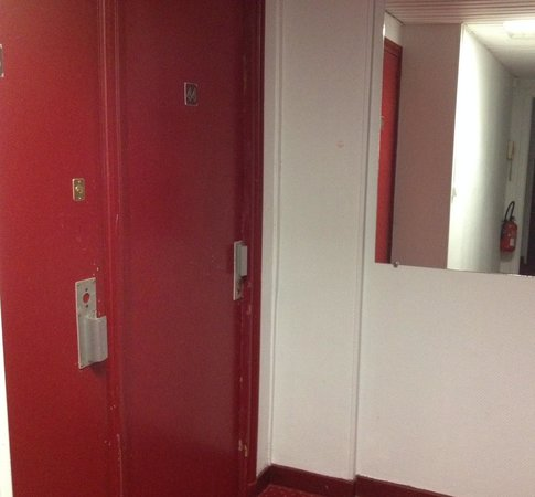 Hipotel Paris Nation : Entrata camere
