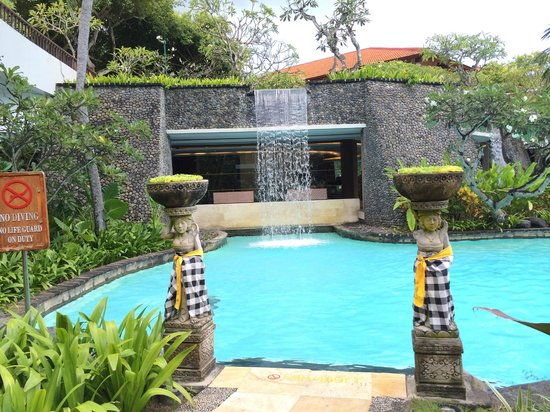 The Laguna, a Luxury Collection Resort & Spa : бассейн
