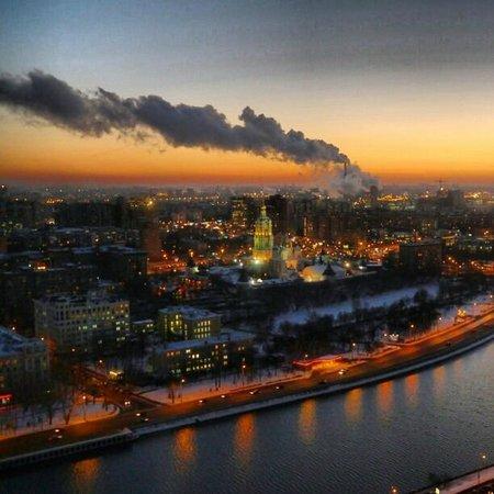 Swissotel Krasnye Holmy Moscow: Moscow Sunrise