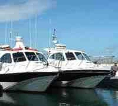 Scimitar Diving: The boats. Scimitar & Cutlass.