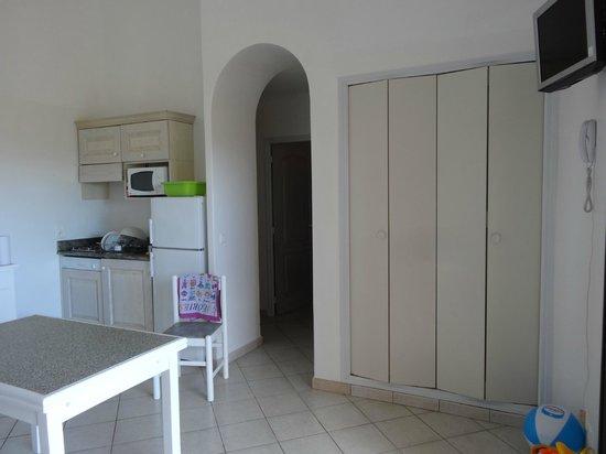 Résidence Pietra di Sole : cuisine/salon