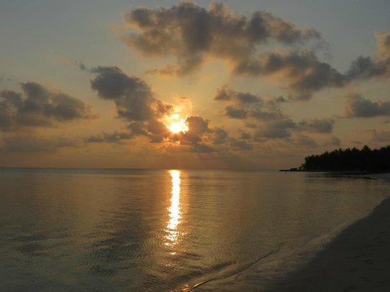 Sun Island Resort and Spa : Закат