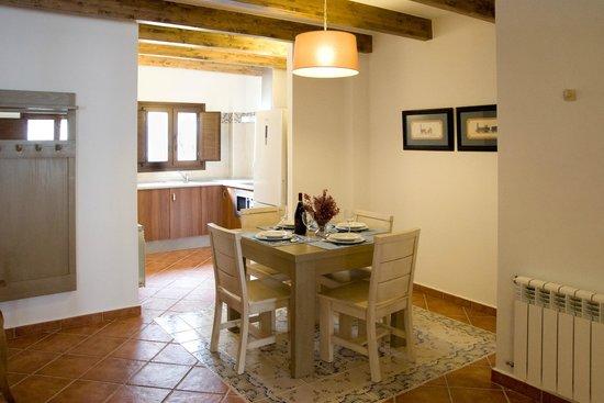 Refugio del Segura: Apartamento dúplex Comedor y cocina