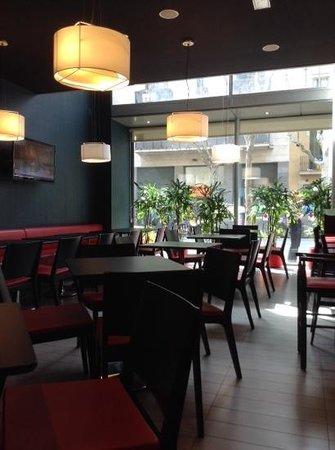 Ibis Barcelona Centro : Frühstücksbereich/Eingang