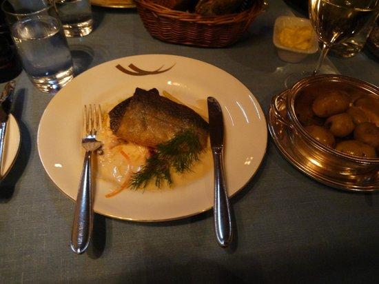 Fem Sma Hus : 魚料理