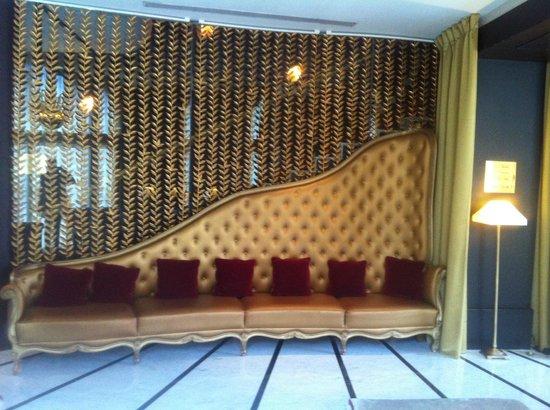 Hôtel Barrière Le Fouquet's Paris : hall