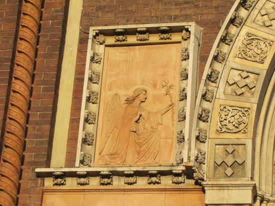 Chiesa di Santa Maria del Carmine: arcangelo Gabriela