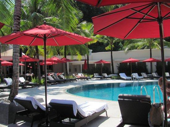 Amari Phuket: around the lower larger pool near Rim Talay