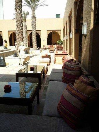 Sofitel Agadir Royal Bay Resort : внутренний дворик с вай-фай