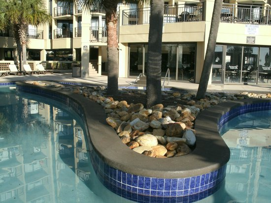 DoubleTree Resort by Hilton Myrtle Beach Oceanfront : Awesome pool