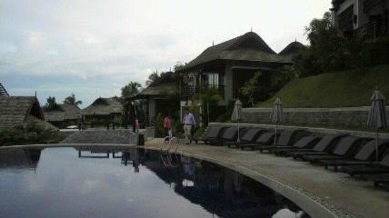 Bhundhari Spa Resort & Villas Samui: nice pool !!