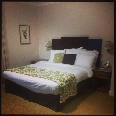 Bournemouth Highcliff Marriott Hotel: Hotel room