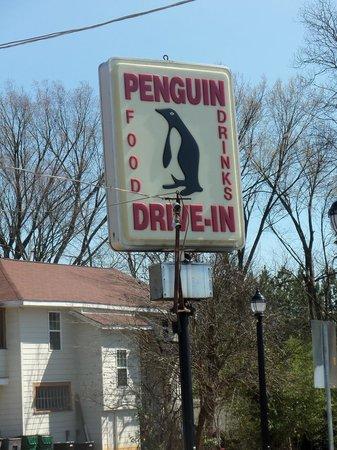 Penguin Drive-In : Classic Charlotte restaurant!