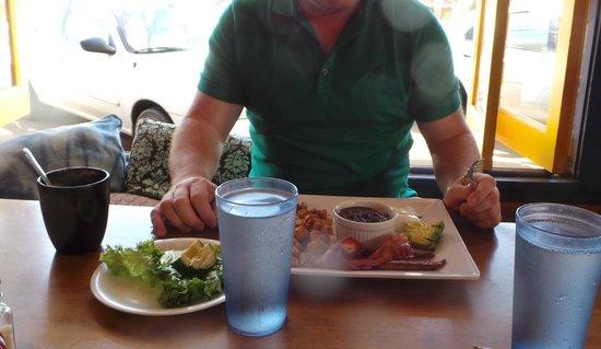 Cafe Mambo : Breakfast