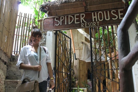 Entrance to the Spider House Resort