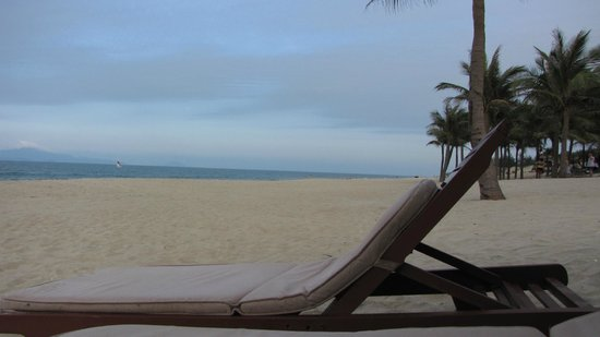 Palm Garden Beach Resort & Spa: Beach at hotel