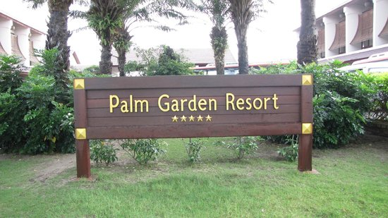 Palm Garden Beach Resort & Spa: Entrance