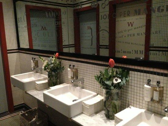 Bocca di Lupo : Toilet design