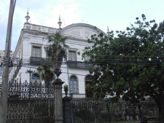 Museu Internacional De Arte Naif: museum