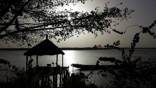 Le Bazouk Du Saloum: Coucher de soleil