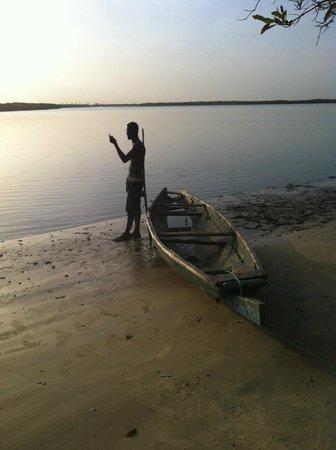 Le Bazouk du saloum : Devant le bazouk