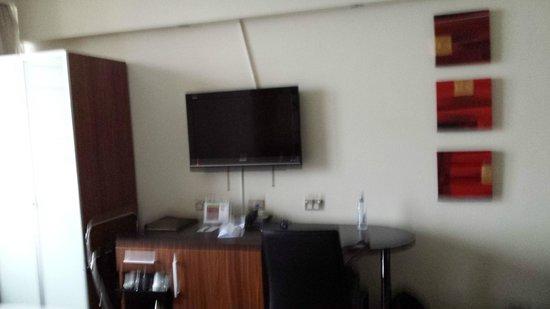 Park Regis City Centre : Room (sorry bit fuzzy)