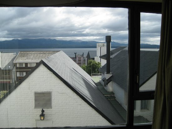 Panamericano Bariloche: View of Lake from bedroom