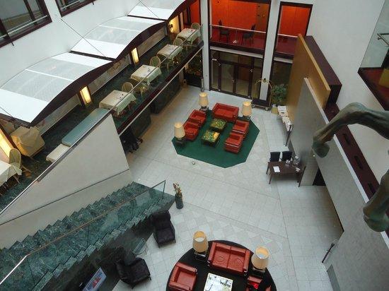Derag Livinghotel Grosser Kurfürst : Lobby visto de arriba