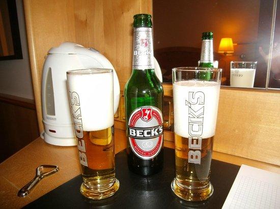 Derag Livinghotel Grosser Kurfürst : Cervezas free