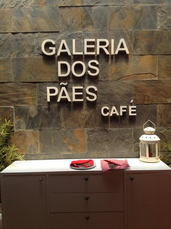 Galeria Dos Paes Cafe : Pormenor do interior
