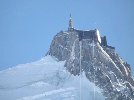 Aiguille du Midi: On the way up in the cable car.
