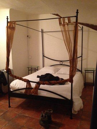 Hotel du Portalet : Notre lit