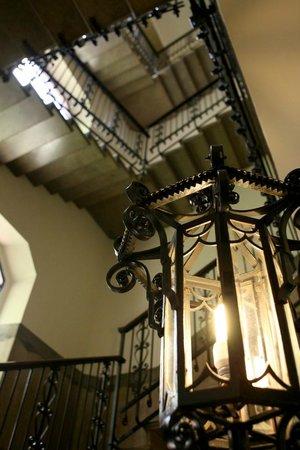 Hotel Palladio: Steps