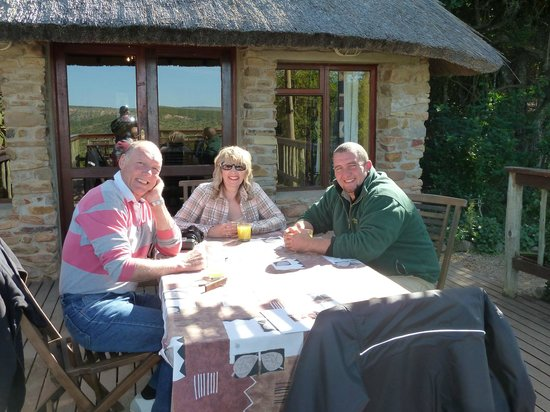 Woodbury Lodge: Dining Al Fresco, another glorious breakfast