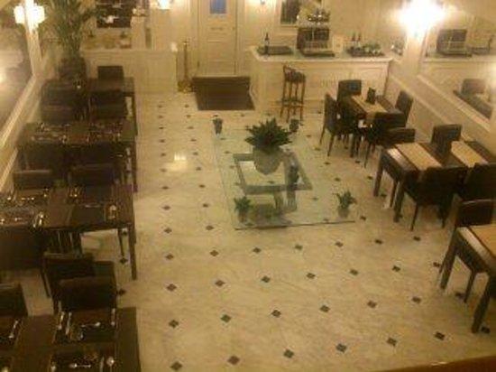 Hotel Modigliani: dining/breakfast rom