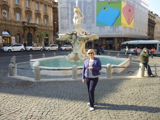 Hotel Modigliani: Piazza Barberina