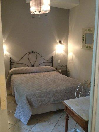 Hotel La Solenzara : chambre standard 27