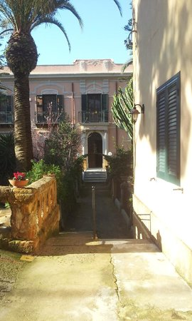 B&B Villa Pirandello: La villa