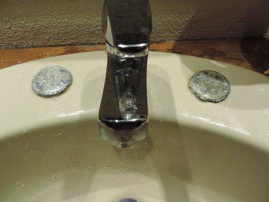 Ellaidhoo Maldives by Cinnamon: Old sink