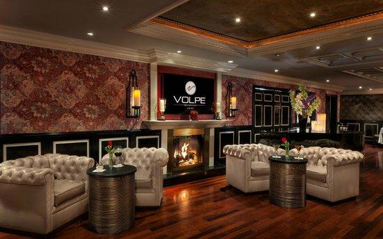 Volpe Ristorante: Volpe Piano Lounge