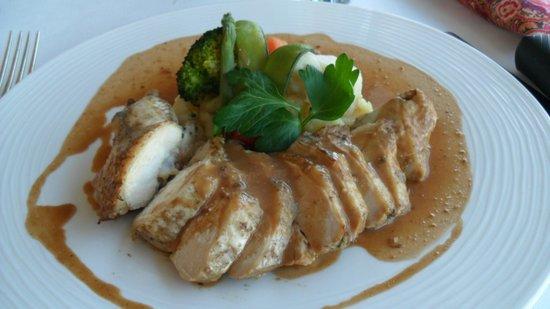 Au Cote d'Argent: Chicken in Foie Gras Sauce